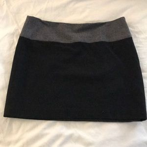 Lined wool mini skirt